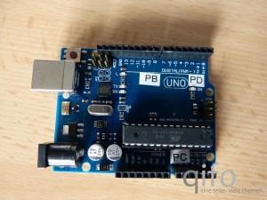 """Arduino-Plattform mit zusätzlicher """"Beschriftung"""" der entsprechenden Mikroprozessor-Ports"""